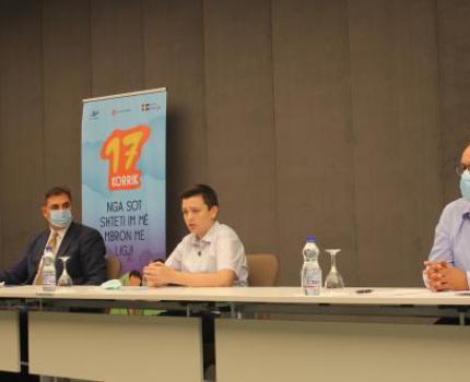 Save the Children dhe Syri i Vizionit mbajnë konferencën mbi hyrjen në fuqi të Ligjit për Mbrojtje të Fëmijës. Kërkohet angazhim e mobilizim ndër-institucional për zbatim të ligjit